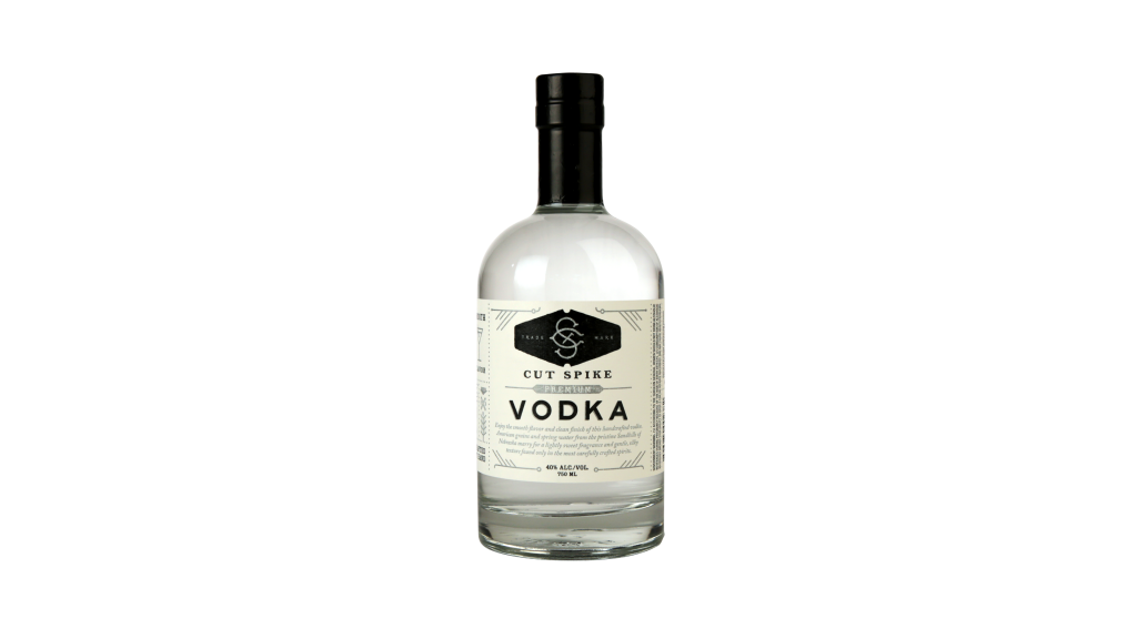 Alcohol bottle png. What labels are best