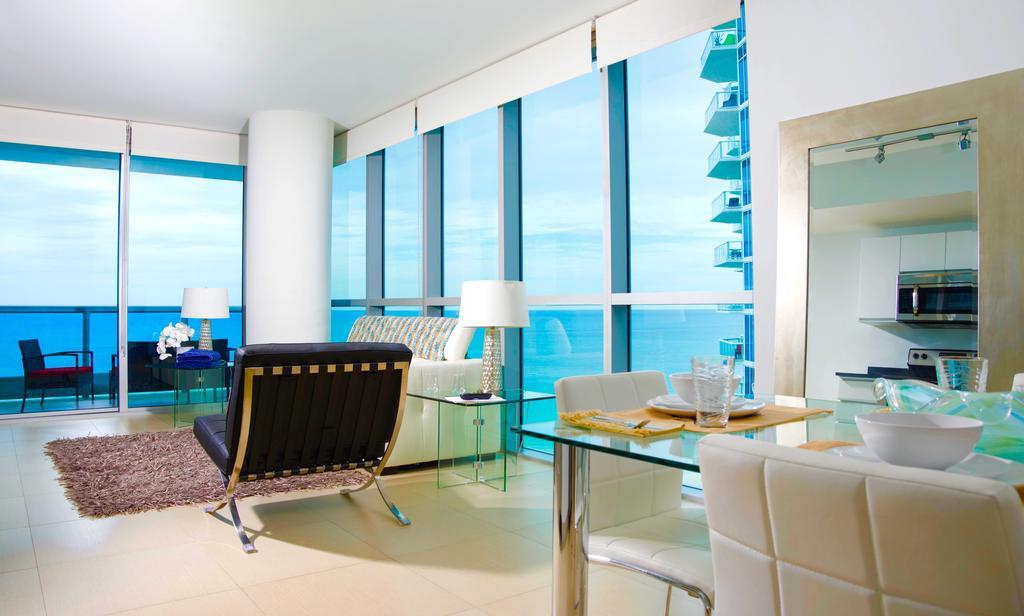 Condo hotel suite life. Apartment clipart apt