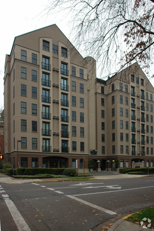High street terrace rentals. Apartment clipart condo