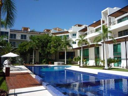 Playa rentals sales del. Apartment clipart condo