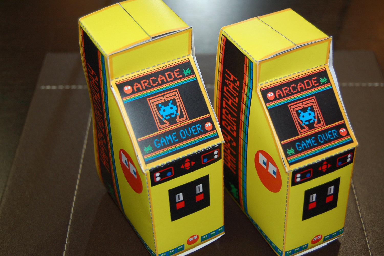 Personalized printable retro machine. Arcade clipart arcade box