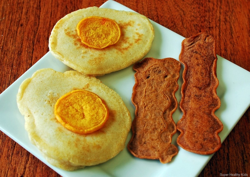 Bacon clipart egg dish. Eggs and burger pancakes