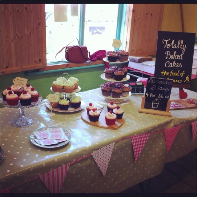 Bakery clipart bakery stall.  best cake images