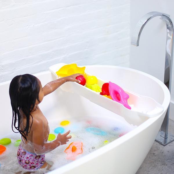 Extendable bath toy organizer. Bathtub clipart capacity