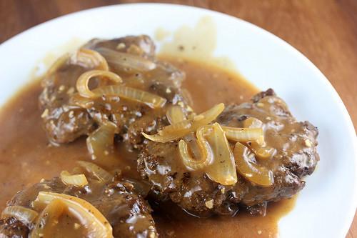 Beef clipart salisbury steak. Hamburger with gravy recipe