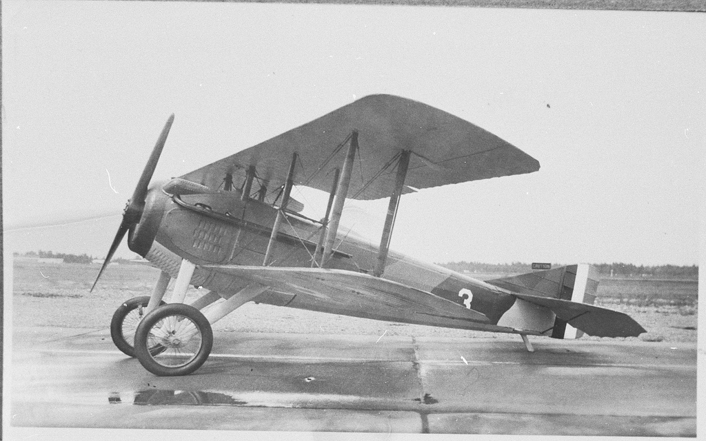 Biplane clipart ww1 plane. Free rare vintage wwi