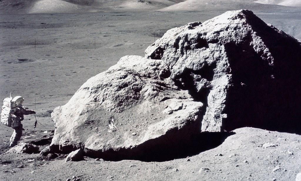 boulder clipart moon rock