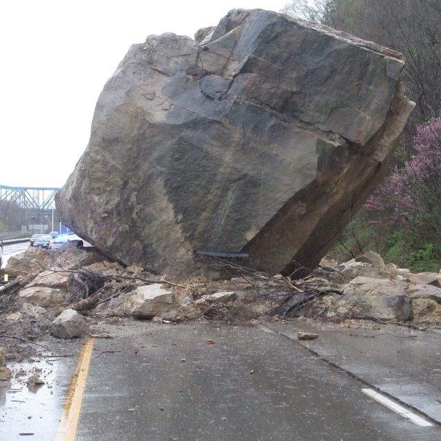 Falling rock . Boulder clipart pile rubble