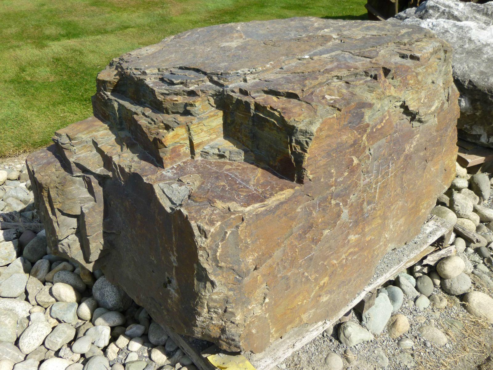 boulder clipart round stone
