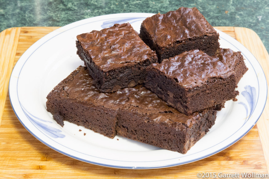 Brownie clipart plate brownie. Of brownies ready to