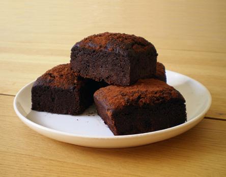 Go free foods chocolate. Brownie clipart plate brownie