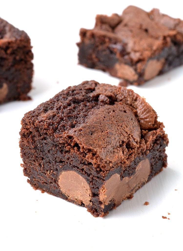 Brownies clipart easter chocolate. Egg sweetest menu stuffed
