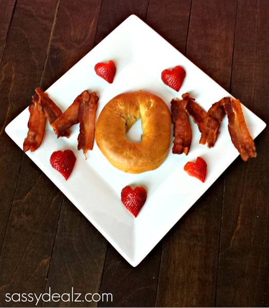 Mother s day ideas. Brunch clipart bed