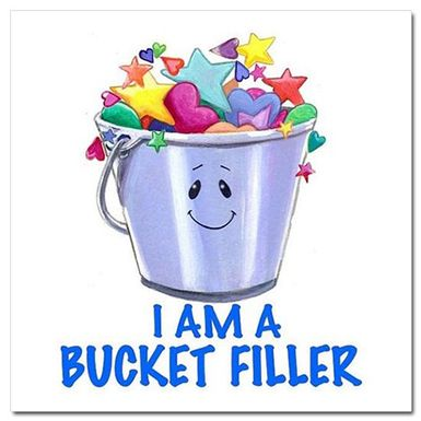 best filler golden. Bucket clipart prize
