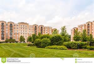 Building clipart apartment complex. Clipground jpg