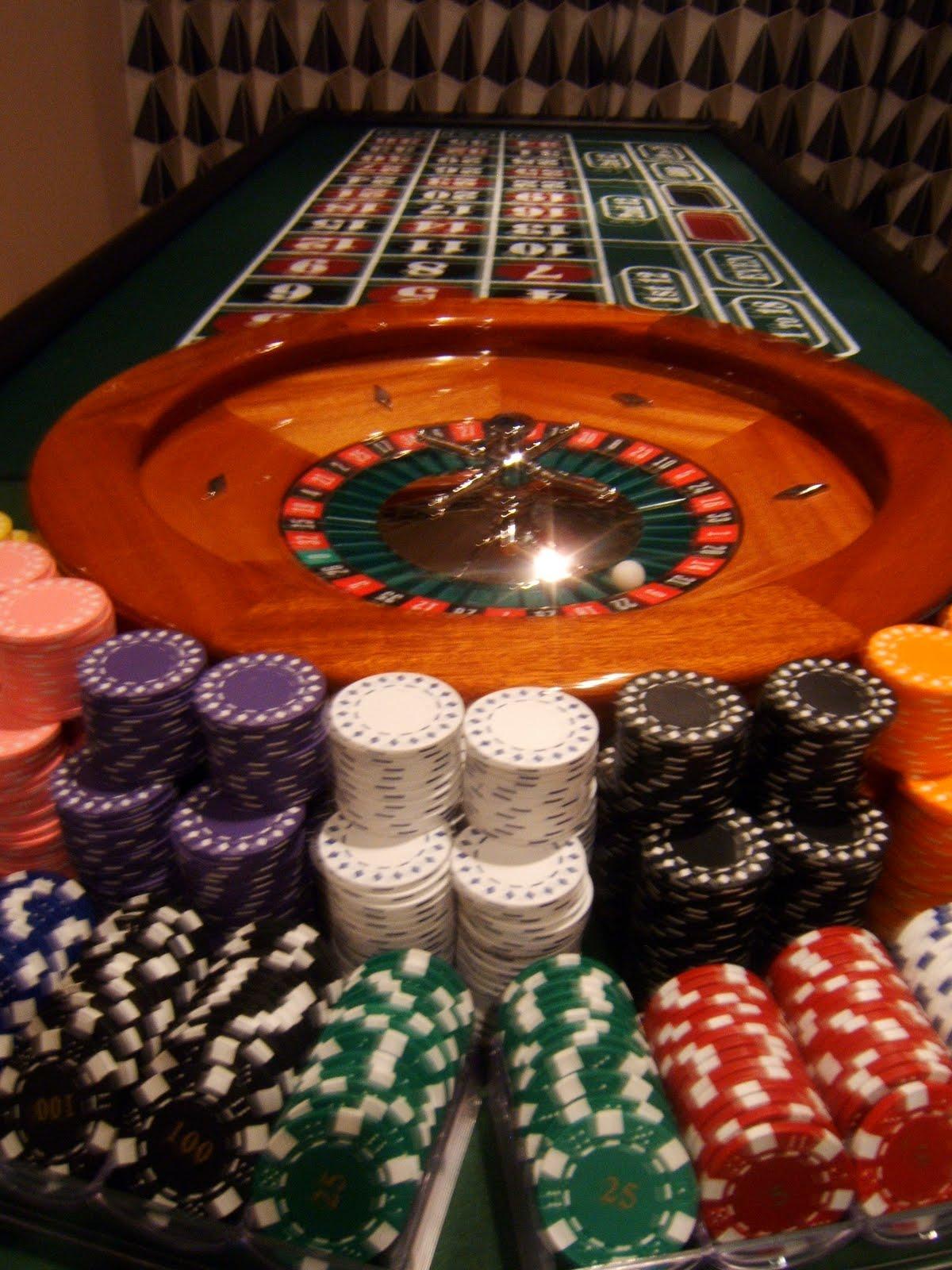 Casino clipart gambling. Clip art