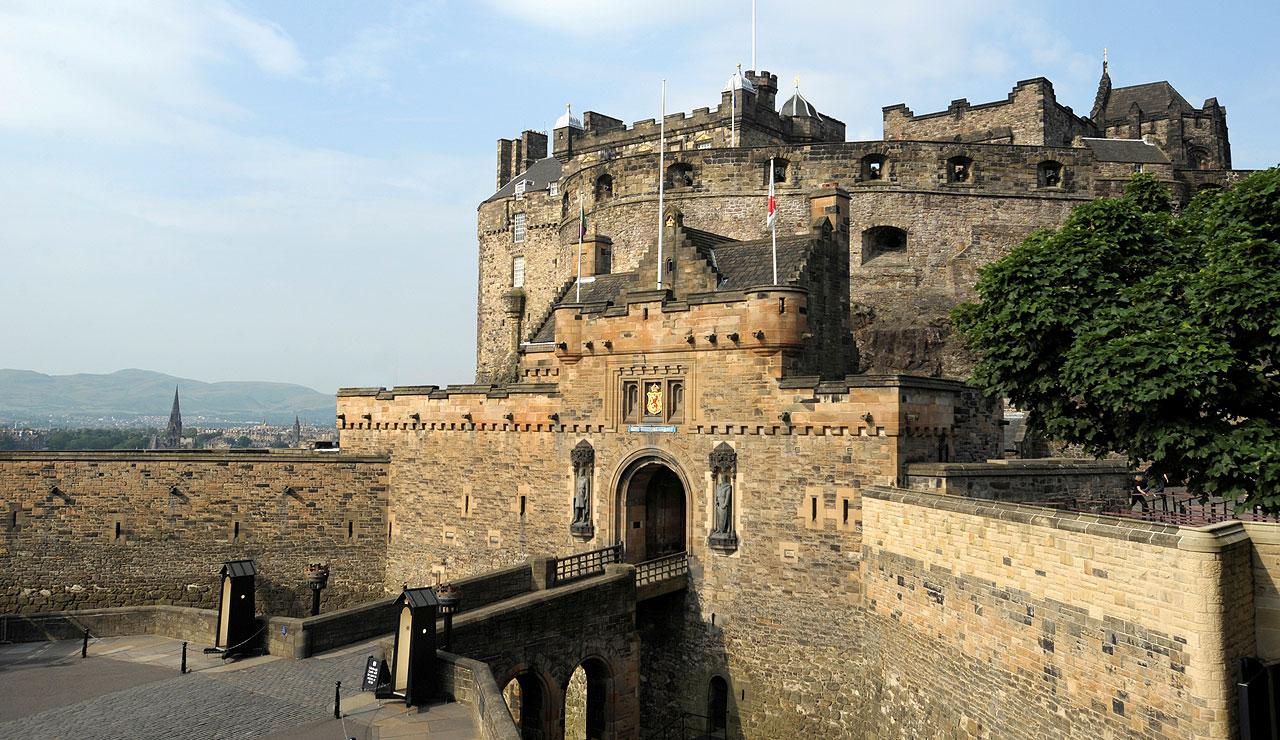 Castle clipart edinburgh castle. Secrets of the royal