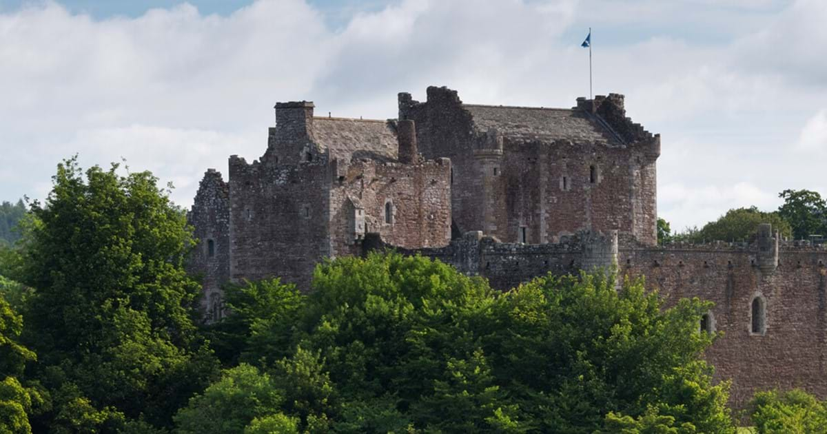 Urquhart history historic environment. Castle clipart scottish castle