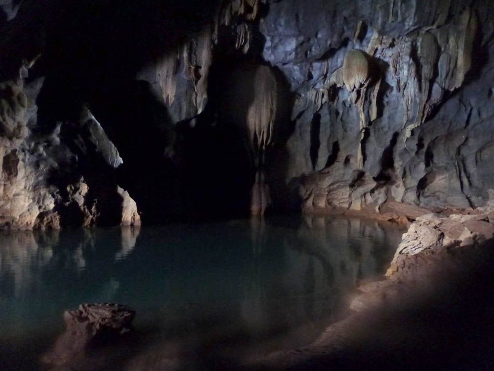 Inside caves google search. Cave clipart dark cave