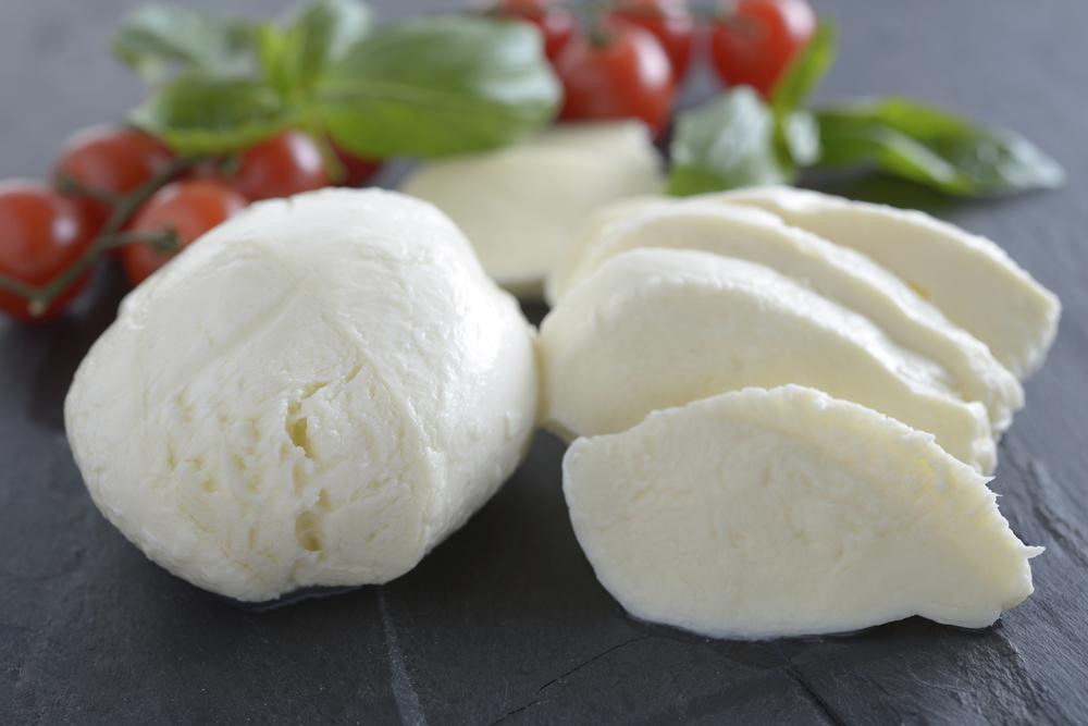Fresh vs low moisture. Cheese clipart mozzarella cheese