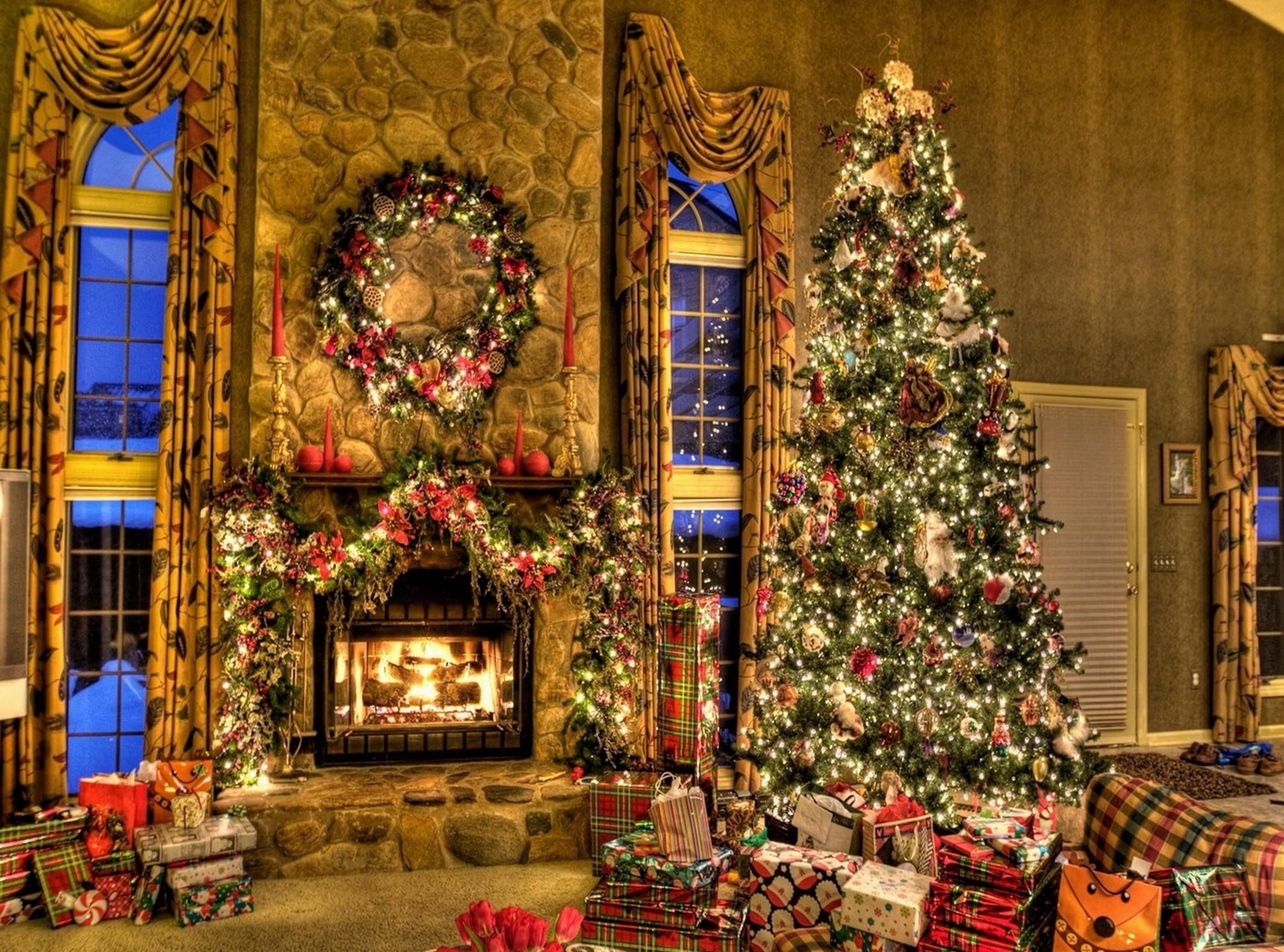 Chimney clipart christmas tree fireplace. Images of decorated homes