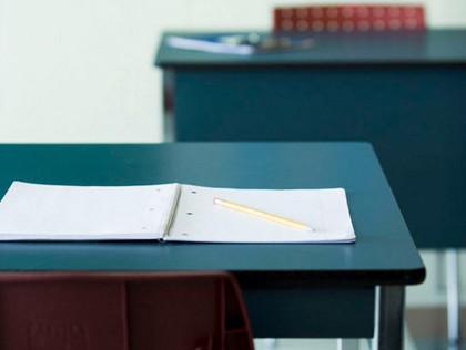 Desk clipart standardized test. Boycott grows in new