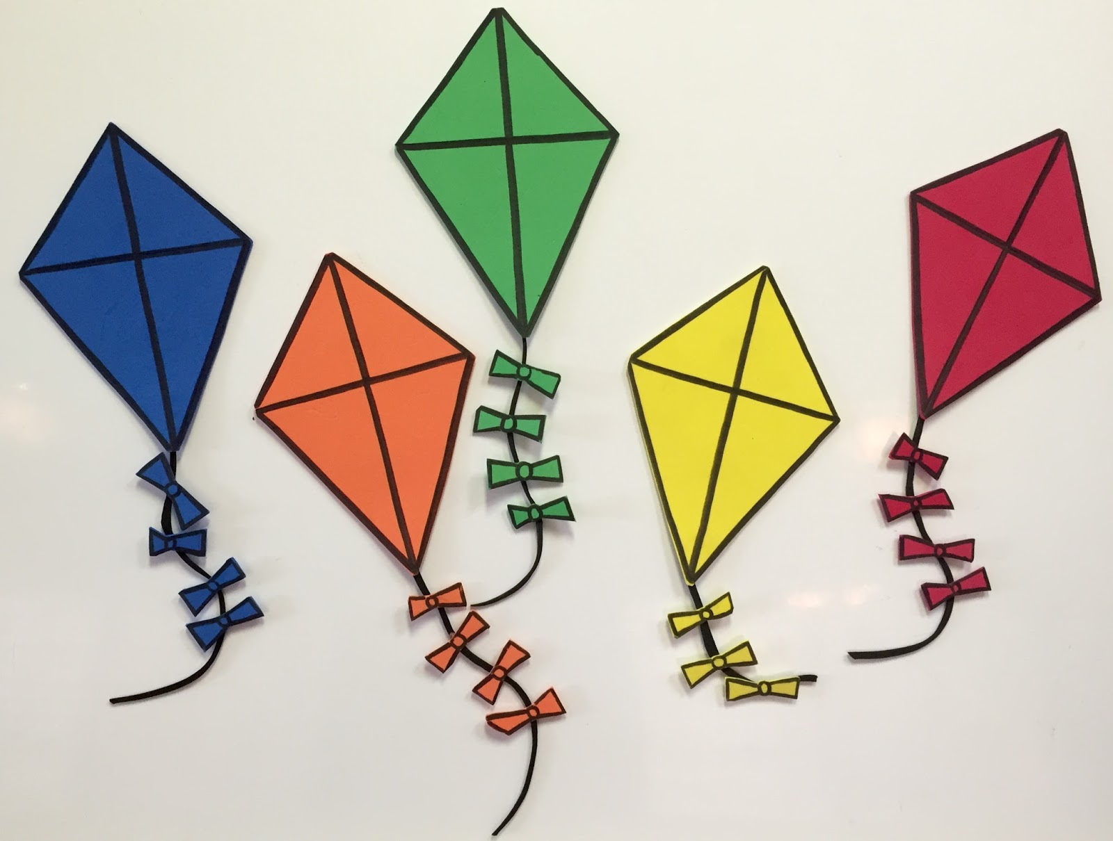 Free download clip art. Clipart kite three