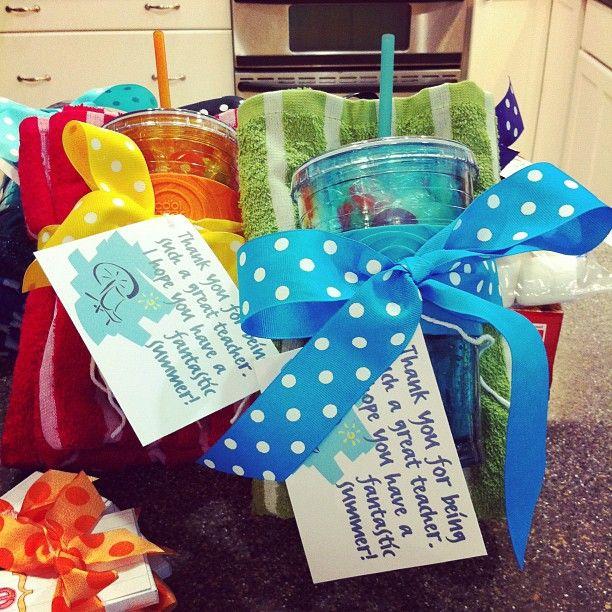 Clipart present teacher gift. End of school year