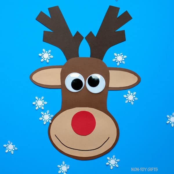 Paper with printable template. Clipart reindeer craft