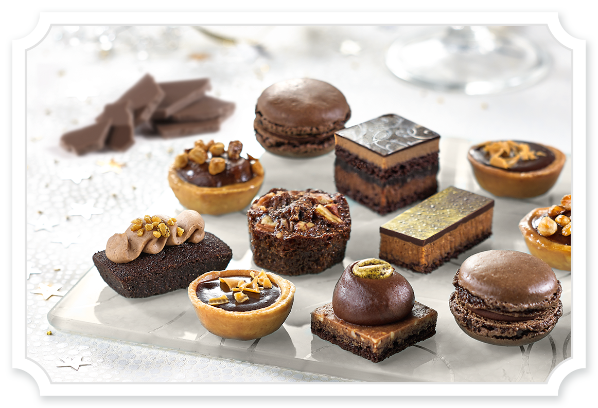Petit fours tipiak foodservice. France clipart patisserie french