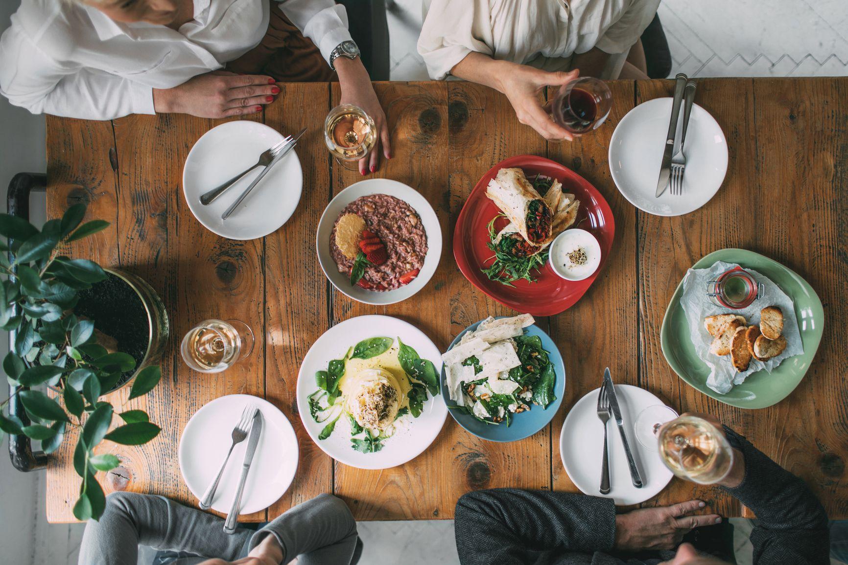 Tips on proper at. Dinner clipart dining etiquette