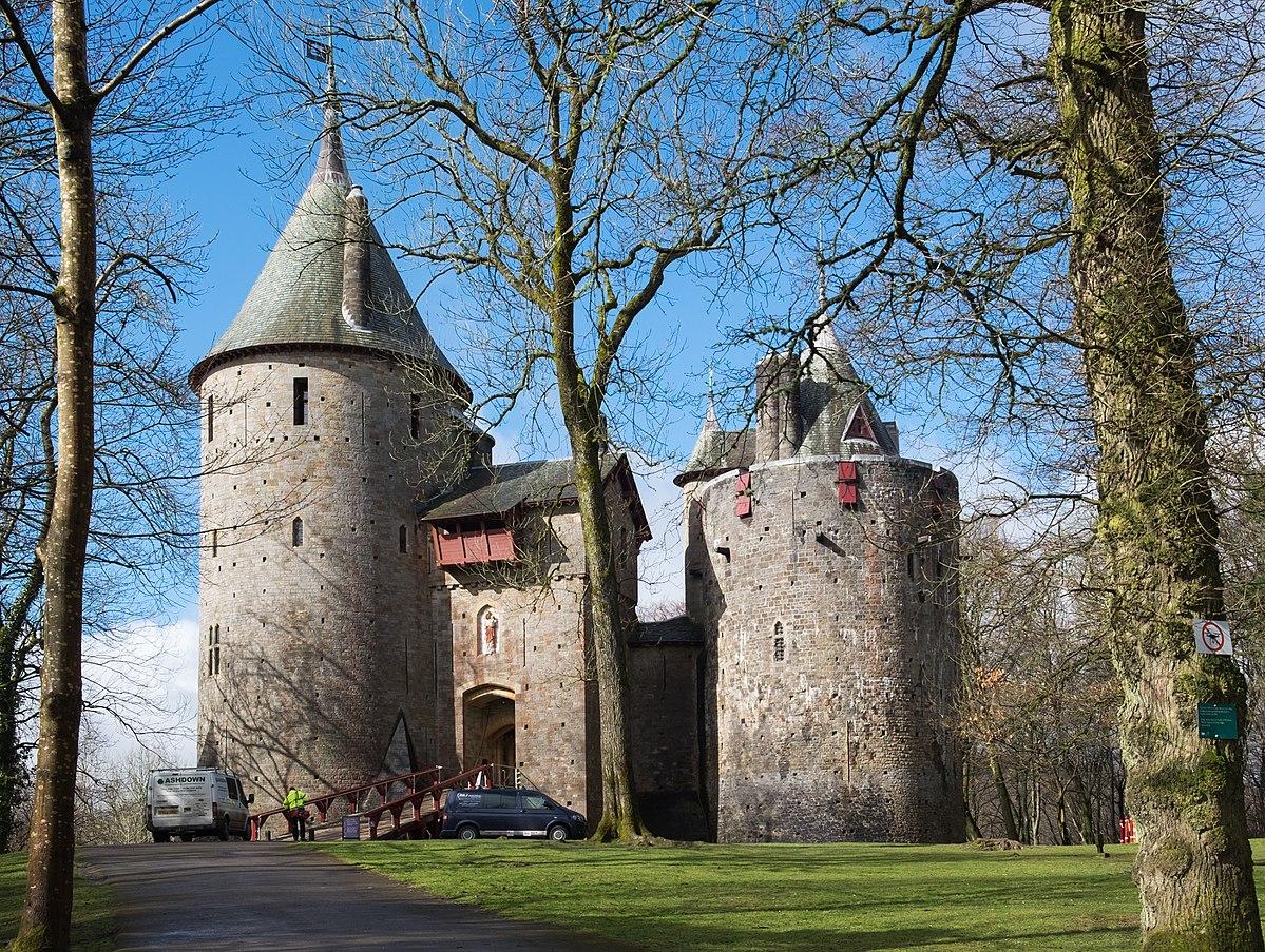 Fairytale clipart castle welsh. Castell coch wikipedia