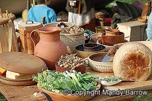 . Feast clipart tudor food