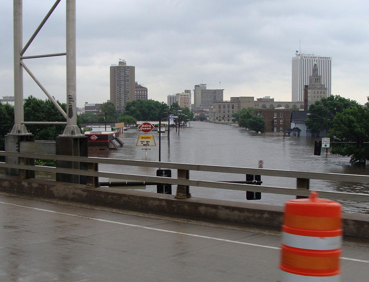 Iowa of wikipedia . Flood clipart plain land