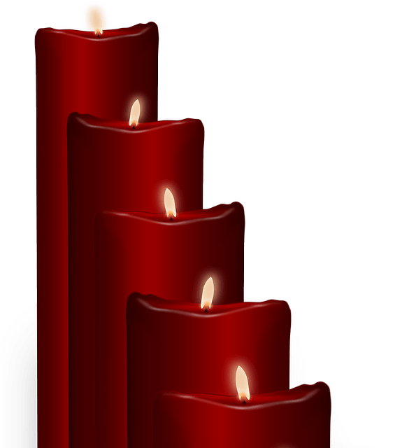 Melting red on dumielauxepices. Free clipart candle