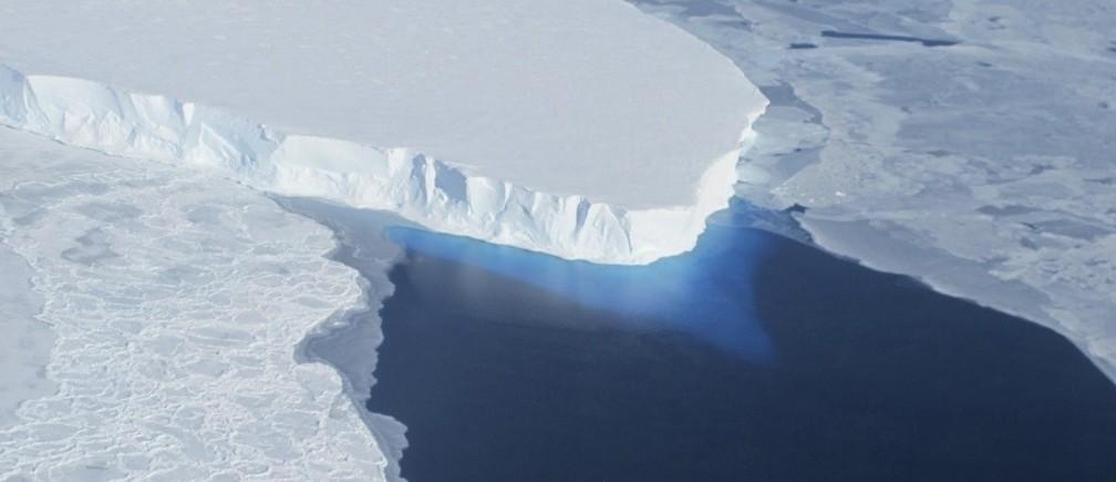 Glacier clipart sea ice. What happens when an