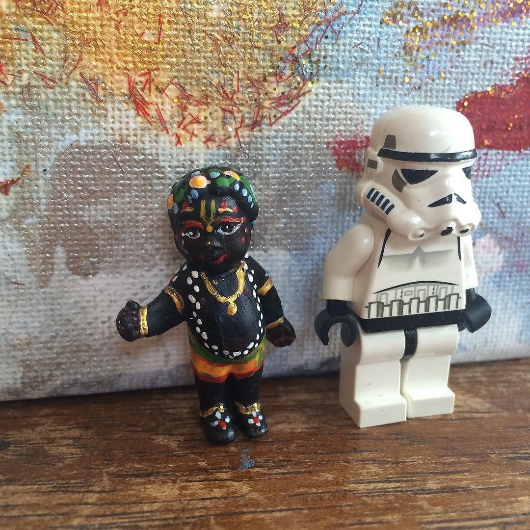 Lego Krishna. The comparison again krishnatoy