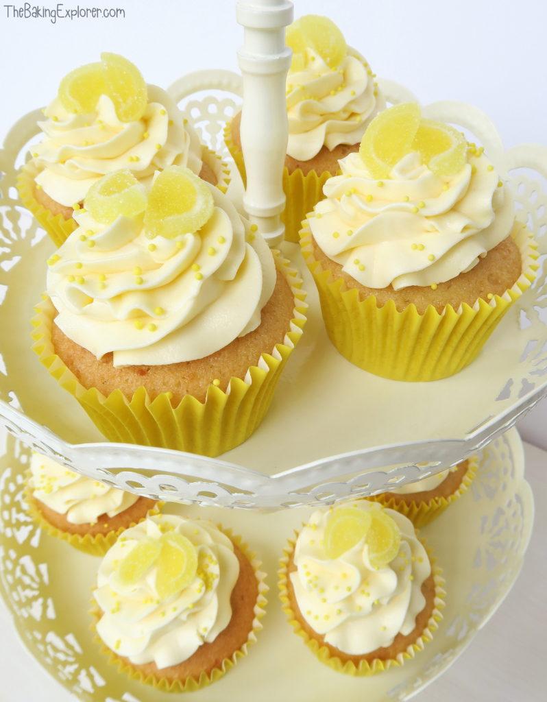 Lemons clipart lemon cupcake. Cupcakes with curd filling