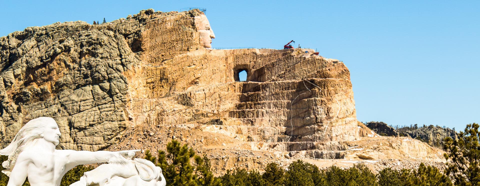 Crazy horse memorial black. Mount rushmore clipart landmark america