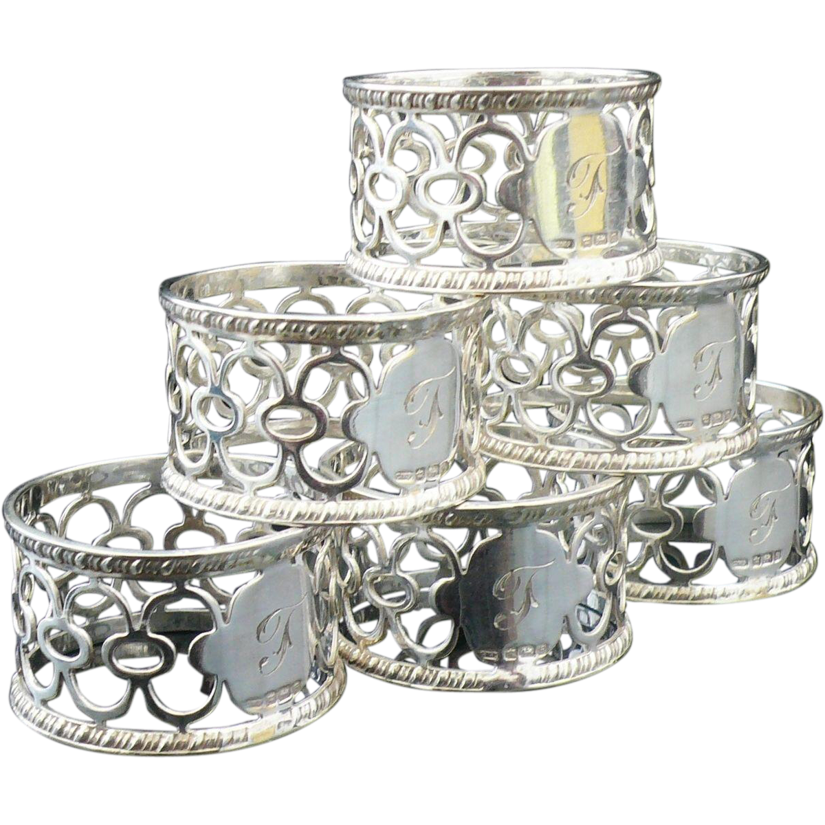 Napkin clipart metal. Set of silver rings