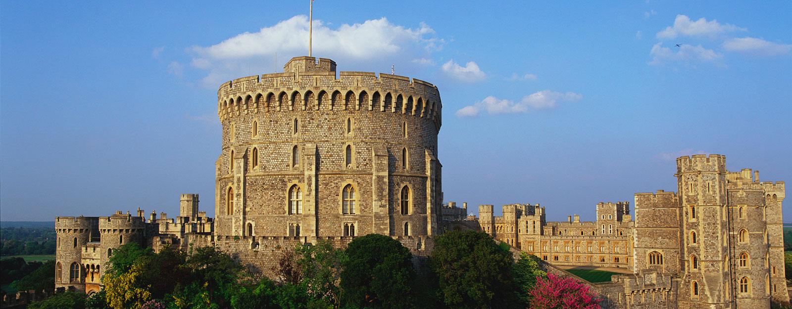 Palace clipart castle on cloud. Windsor