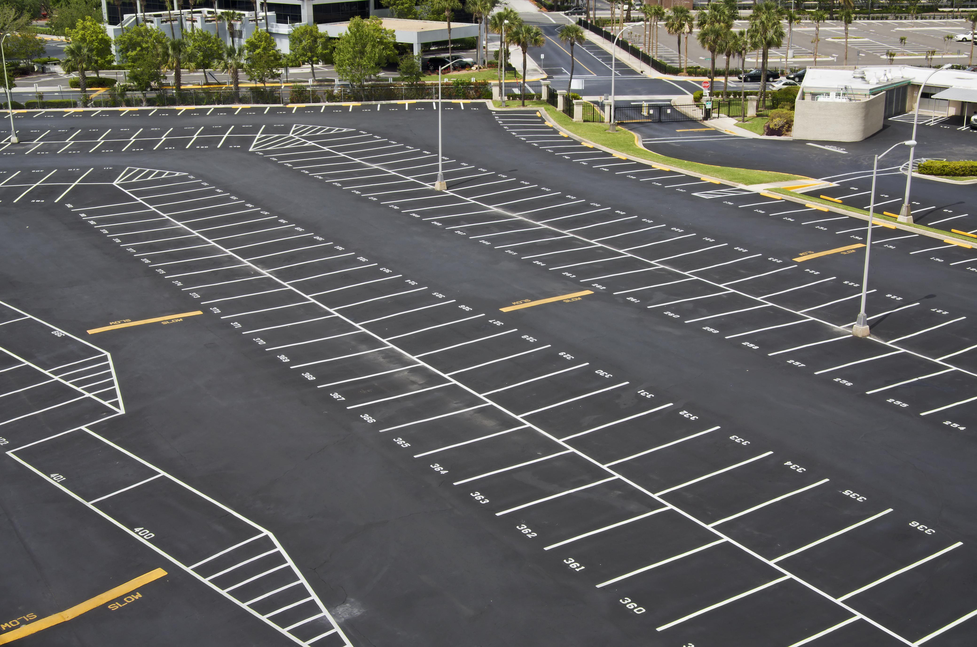 Parking lot clipart parking garage. Free cliparts download clip