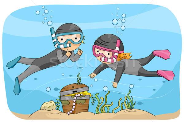 Underwater vector illustration lenm. Treasure clipart underwate treasure
