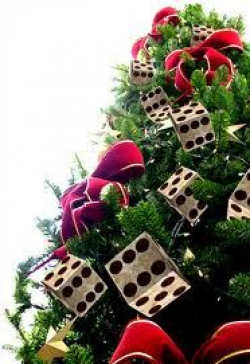 How to Make a Poker Chip Christmas Tree Ornament www.GirlGab.com ...