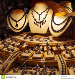 Jewelry Display Clipart Jewelry store display of | Display ...